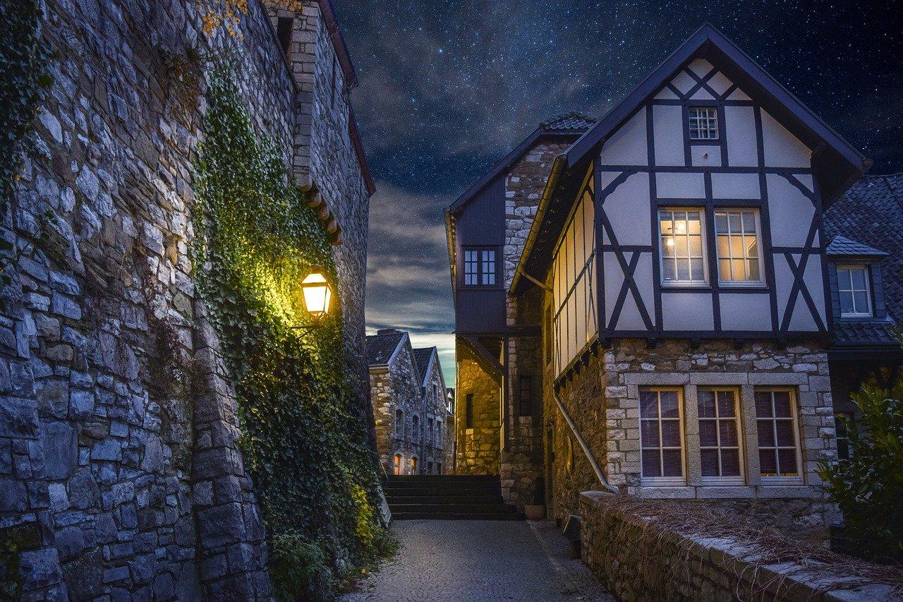 Stadt bei Nacht, Bild von enriquelopezgarre, 4690996